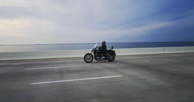 cesta na motorce