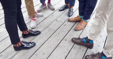stylové barevné ponožky