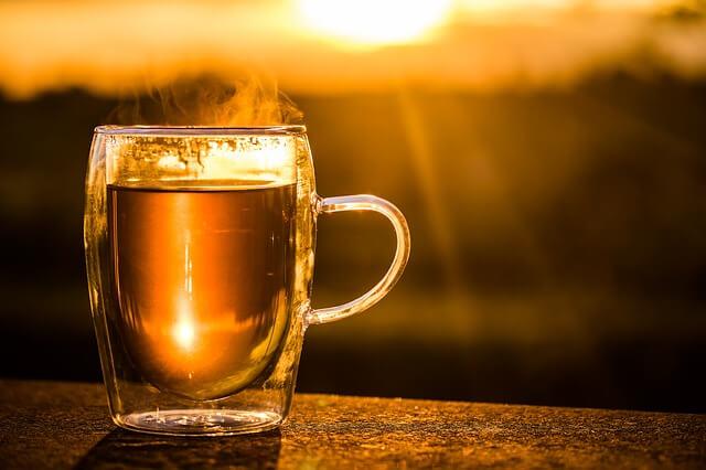 Čaj a západ slunce