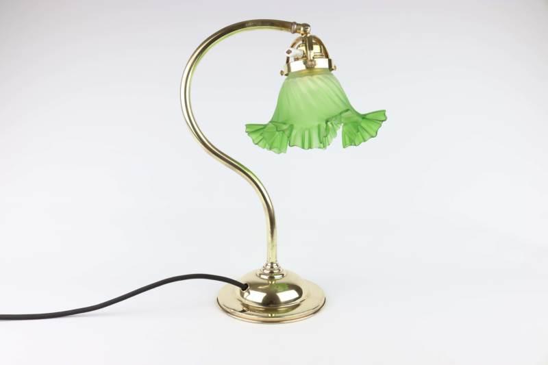 Secesní stolní lampa se zeleným stínidlem
