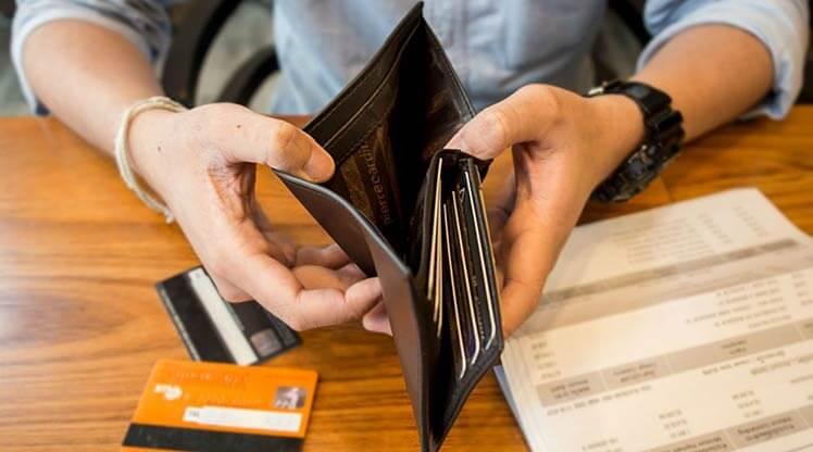 Odklad splátek při nedostatku financí